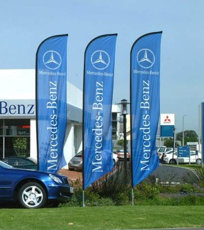 Cờ cánh buồm Mercedes - Benz